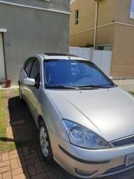 Focus 2.0 Ghia 2005