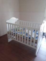 Berço provençal vira uma mini cama