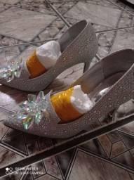 Sapato SCARPAM com pedras
