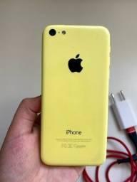 iPhone 5c amarelo