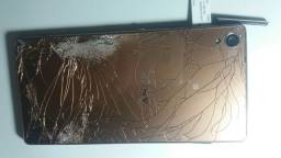 Sony Xperia  D6603 com tela danificada