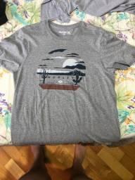 Vendo camisetas originais e usados no máximo 2 cezes