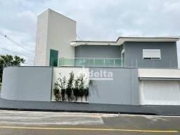Casa com 3 dormitórios à venda, 318 m² por R$ 1.050.000,00 - Alto Umuarama - Uberlândia/MG