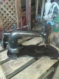 Maquena de costura antiga
