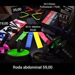 Halteres, anilhas, step, jump, caneleira, colchonete, ktb, vários tipos de elásticos, etc