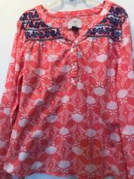 03 blusas cad 15 reais