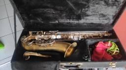 Saxofone Tenor Eagle leia o anúncio!!!
