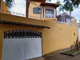 Casa duplex  4 quartos (1 suíte) Condomínio Fechado Perto Park Shopping Campo Grande