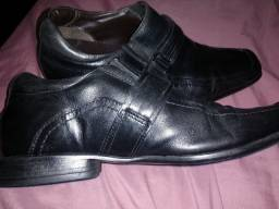 Sapato social bico fino 40