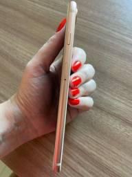 iPhone 8 Plus - 64 gb Gold