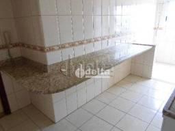 Apartamento com 3 dormitórios à venda, 90 m² por R$ 470.000,00 - Centro - Uberlândia/MG