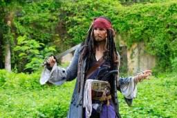 Personagens vivos Pirata Jack Sparrow , homem aranha deadpool  etc