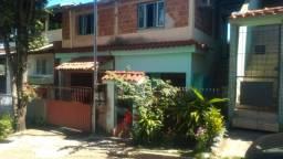 Venda-se está casa de dois andares Bairro: Rui Pinto Bandeira Cachoeiro de Itapemirim/ES