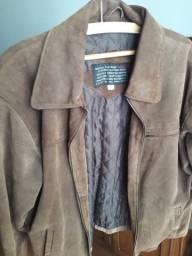 Jaqueta marrom em couro