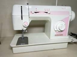 Máquina de Costura Singer Precisa Revisada em Ótimo estado