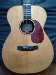 Violão de Luthier Modelo Martin OM 21. Todo maciço. Captação Fishman e Bag