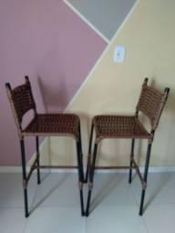 Cadeiras lindas e semi novas vendo