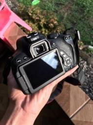 Câmera Canon t5i + Lente Ultrassonic 85mm 1.1:8
