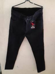 Calça jeans Preta c/ lycra masculina tam 40/42