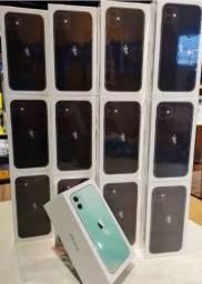 iPhone 11 Apple 64GB Preto 6,1? 12MP iOS