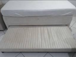 Bicama solteiro com cama auxiliar, acompanha colchão de solteiro. R$ 300,00