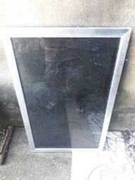 Vitro de alumínio  corredor com vidro fumê
