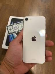 iPhone SE 2020 64GB - Branco / Novo