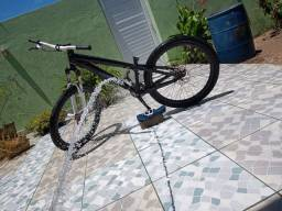 Vendo bicicleta aro 26 ou troco