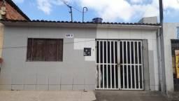 Vendo esta casa no Cruzeiro do Sul.