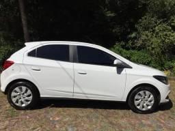 Vendo Chevrolet Onix - 2014