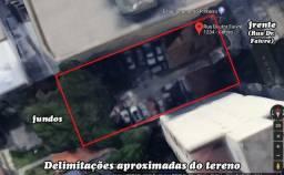 Terreno Centro - Zoneamento SE - Rua Dr. Faivre -Com casa e prédio de 2 andares
