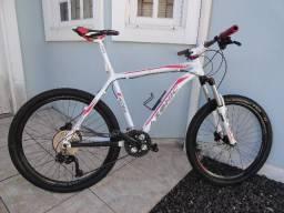 Bike 26 Azonic Raptor 27 marchas em perfeito estado