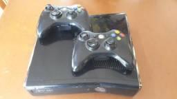 Xbox 360+2 controles+ de 30 jogos baixados