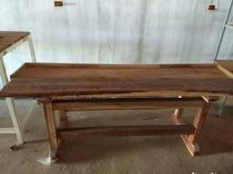 Bancada de madeira Nova ( cidade Tuparetama)