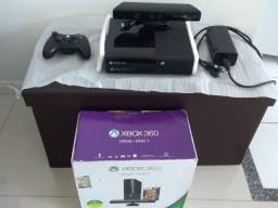 XBOX 360, 500 GB com Kinect e jogos