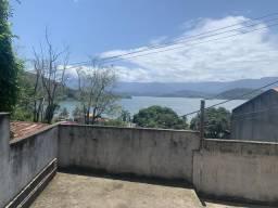 Vendo casa com vista para o mar na Enseada em Angra
