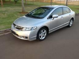 Honda 2010 Civic LXS automático impecável - 2010