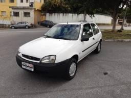 Fiesta 1.0 8v - Só tem Ar Condicionado! Muito Novo!! Impecável!! Repasse! - 2001
