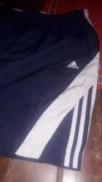 Bermuda Adidas usei 2 vezes mais ficou apertada