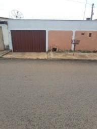 Permuta ou vende-se. Casa em Anápolis por imóvel em Goiânia
