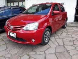 Toyota Etios X - 2014