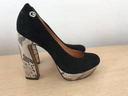 Sapato preto Carmin