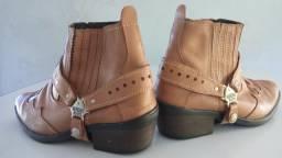 Vendo par de botas country