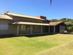 Casa com 3 dormitórios para alugar, 280 m² por R$ 3.200,00/mês - Condomínio Vila Hípica I