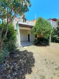 JR/ Alugo Casa na Fialho / Condomínio Quintas do Sol ll