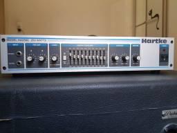 Amplificador de Baixo Hartke HA2500 praticamente novo.