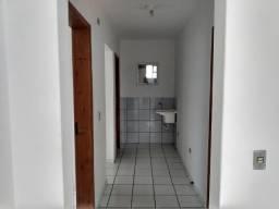 Aluga-se apartamento no sitio cercado
