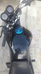 Vendo moto de Leilão