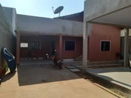 Vendo uma casa quitada no bairro parque dos Carajás