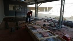 Profissional em fabricação e instalação de fachadas